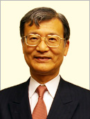 Executive Consulting, CEO, Takeichi Suzuki.